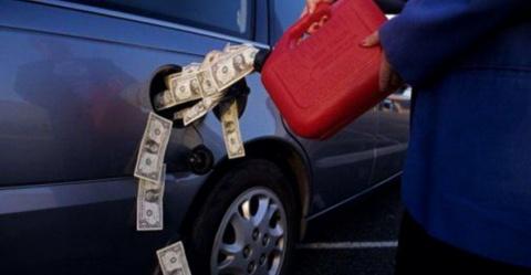 «Резкое увеличение стоимости бензина спровоцирует очередное расслоение в обществе»