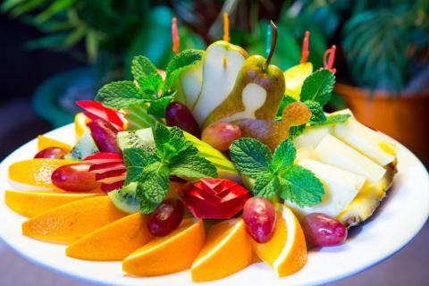 Идеи оформления фруктовых ассорти. Десерты для диабетиков - 3 рецепта