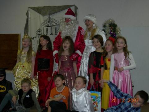 Дед Мороз в детский сад и школу