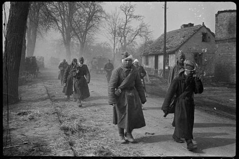 Военный фотограф Валерий Фоминский: 1943-45 гг