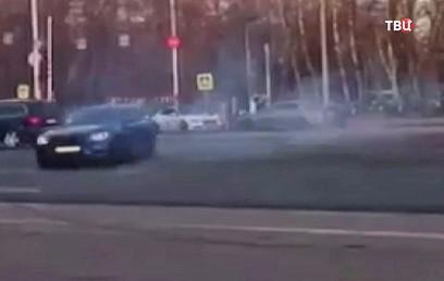 ГИБДД проверит видеоролик с дрифтом BMW недалеко от МГУ