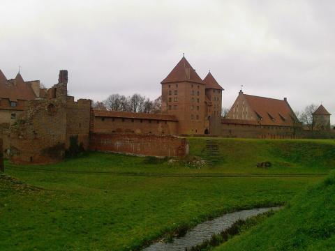 Замок Мариенбург в Польше: крепость-музей, описание