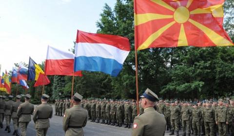 Newsweek: НАТО сосредоточило…