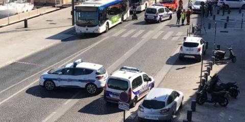 В Марселе автомобиль врезалс…