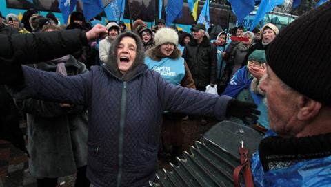 В НАТО извинились за кадры с партией Януковича в видеоролике об Украине