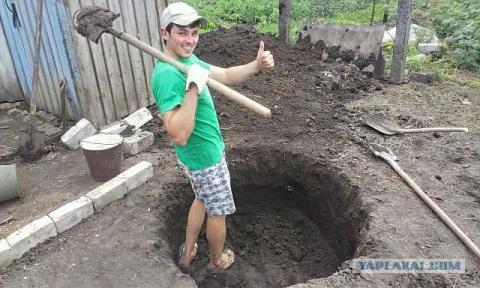 Строим летний душ и туалет н…
