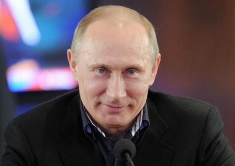 Владимир Путин шутливо проко…