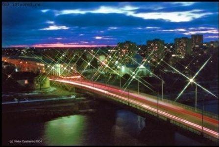 Вид на Красный мост ночью
