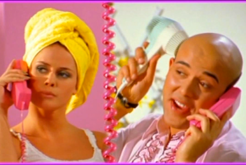 Песни 90-ых: Aqua «Barbie Girl»