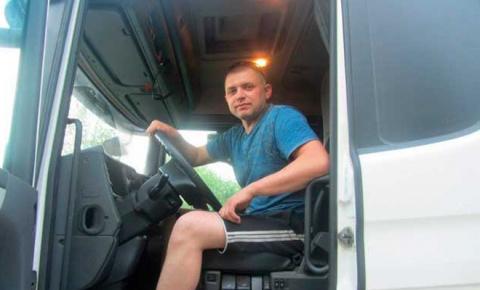 Дальнобойщик показал себя реальным мужиком на дороге. Такого наглец на иномарке точно не ожидал