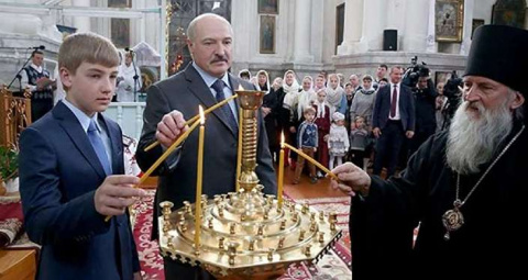 Лукашенко: мы никому не позволим унижать белорусский народ и государство