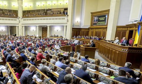 Порошенко готов обсудить миротворческую миссию в Донбассе без участия в ней России