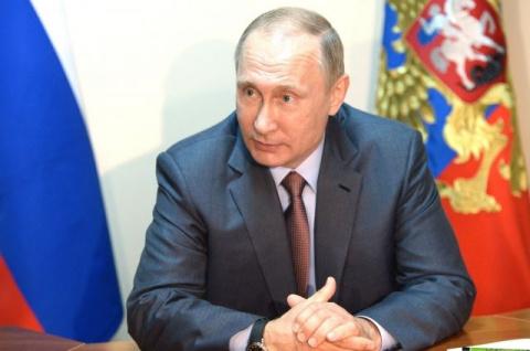 """Президент назвал информацию о том, что у России есть компромат на избранного главу США, """"фальшивкой"""" и """"бредом"""""""