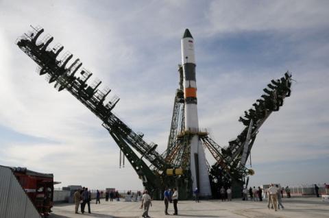 Россия отказалась поставлять Франции ракеты из-за блокировки счетов Роскосмоса