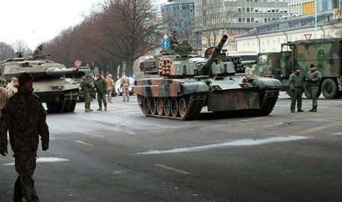 Прибалтика решила пойти войной на ИГ