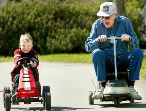 Куда исчезли дедушки?
