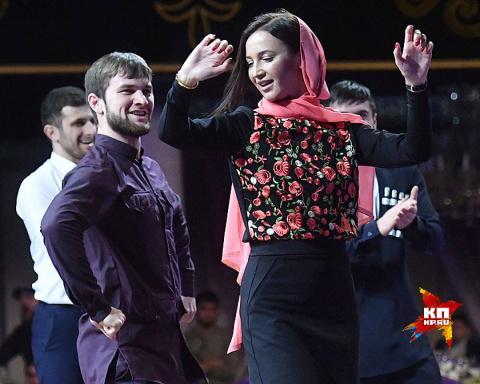 Бузова - символ «Дома 2» (помойка российского телевидения), надела платок и поехала в Чечню!