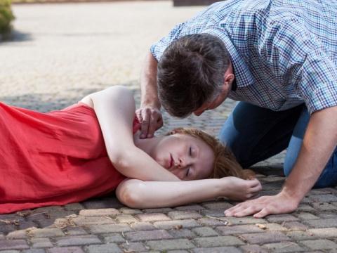 Обморок – симптом многих заболеваний