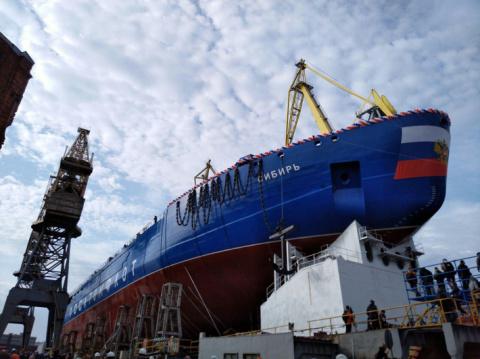 Атомный ледокол «Сибирь» спущен на воду