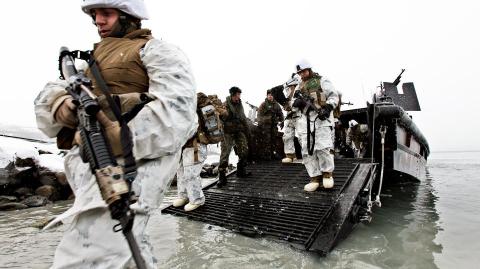 НАТО готовится к арктической…
