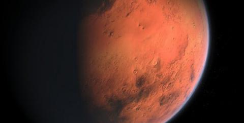 Уфологи показали на видео найденные на Марсе пистолет и каску времен Второй мировой войны