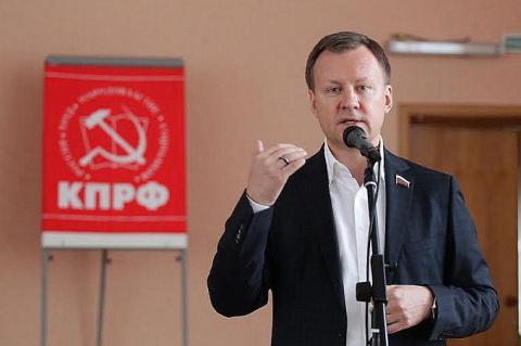 Коммуниста Вороненкова отпел…