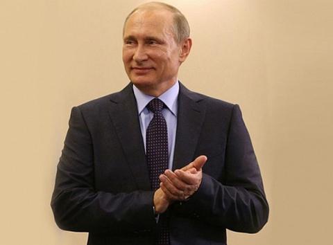 Крымские татары благодарят Путина за указ о реабилитации крымско-татарского народа