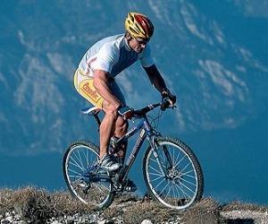 БЫТЬ В ФОРМЕ. Езда на велосипеде