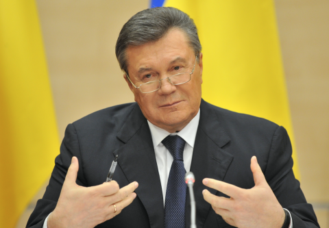 Янукович потребовал очной ставки с Порошенко