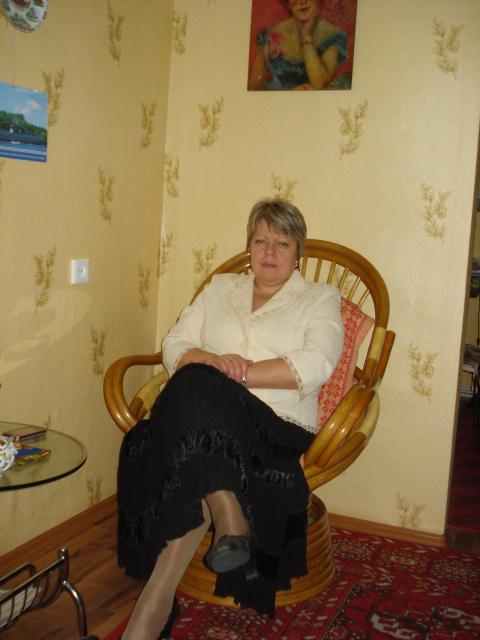Людмила Волоховская (Нестеренко)