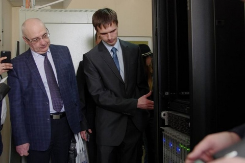 Новый суперкомпьютер запущен в Воронежском государственном университете