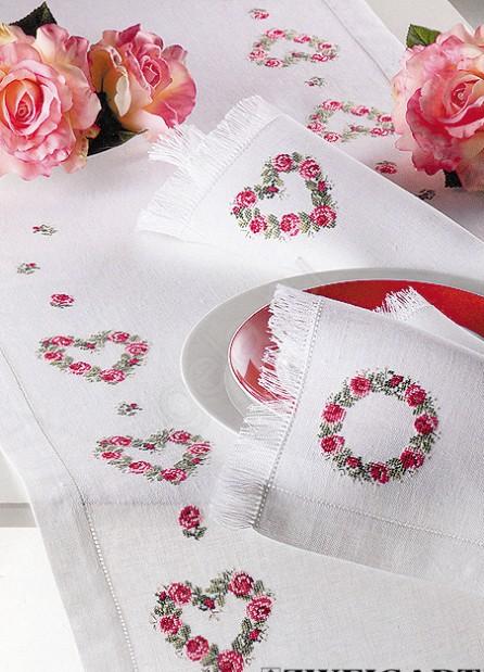 Скатерть с розами.