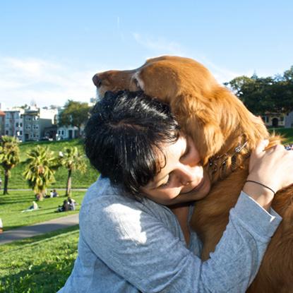 Собака помогает одиноким людям продлить жизнь
