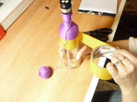 Как делаются плетёные бутылочки. Мастер класс.
