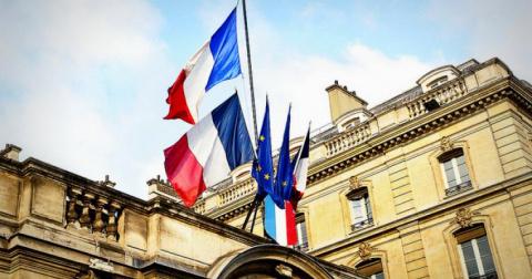 """Франция """"рвёт и мечет"""": тако…"""