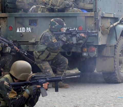 Боевики ИГИЛ захватили залож…