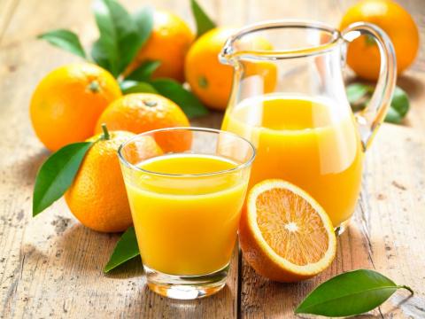 Как сделать 10 литров сока из пяти апельсинов