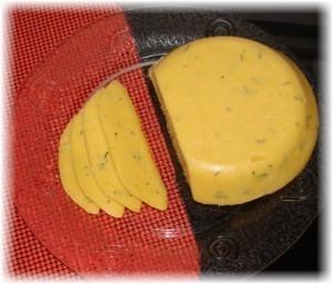 Твердый домашний сыр. Просто и недолго