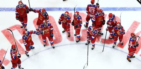 Герб РФ на новой форме сборной по хоккею заменен на силуэт игрока