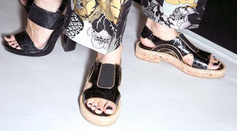 «Страшно» модная обувь