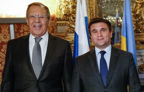 Главы МИД РФ и Украины обсуд…