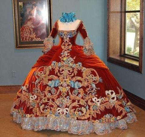 Бальные платья дебютанток 18-19 веков.