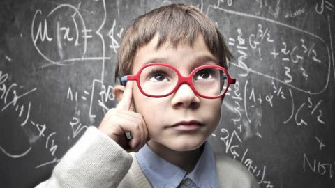Занимательные факты из мира генетики: как интеллект передаётся от родителей к детям