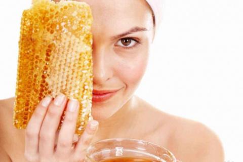 Как использовать мёд в косме…