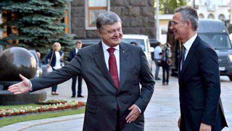 Forbes: НАТО должно захлопну…