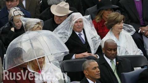 Поединок Буша с дождевиком в…