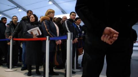 Почему киргизу в Москве прощ…