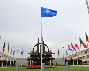 НАТО берет на мушку Севастополь