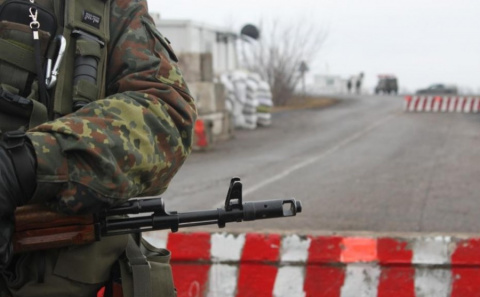 На границе ЛНР и ДНР вводят …