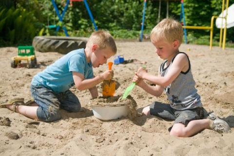 Мамы в песочнице: правила выживания